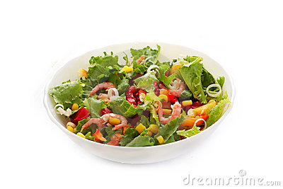 Vegetable salad with shrimp