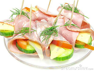 Vegetable sandwich with cheese and ham rolls