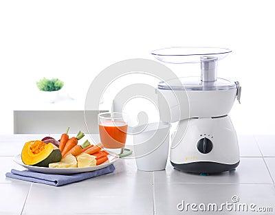 Vegetables and juice blender machine