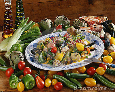 Vegetables with shellfish and curry sauce