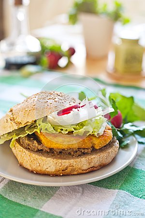 Vegetarian burger with tofu