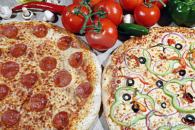 Vegetarian and pepperoni pizza combo