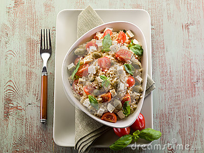 Vegetarian rice salad with tofu