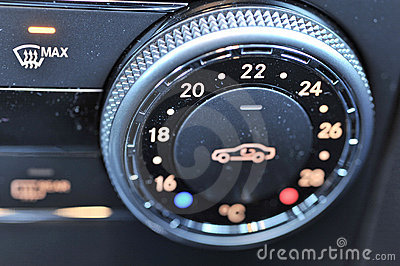 Vehicle climate control dial