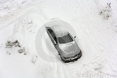Vehicle in snowfall.