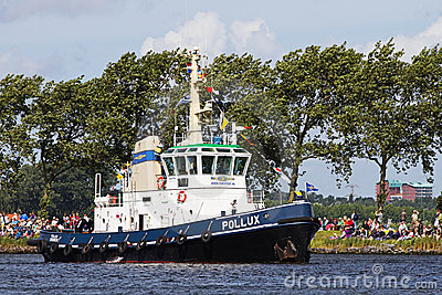 Vela Amsterdam 2010 - Vela-en desfile Foto editorial