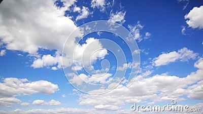 Vele wolken in de hemel stock video