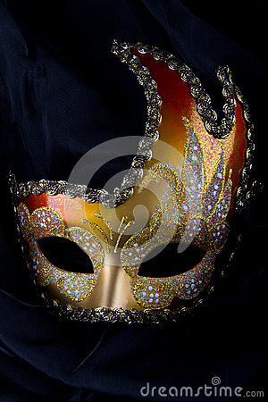 Venecian mask, gold and red