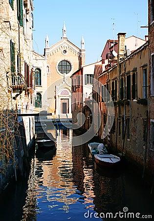 Venetian chanel