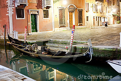 Venetian gondola at night