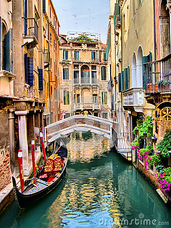 Free Venice Canals Royalty Free Stock Image - 30676176