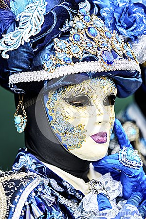 Free Venice Carnival 2017. Venetian Carnival Costume. Venetian Carnival Mask. Venice, Italy. Venetian Blue Carnival Costume. Stock Photography - 106061002