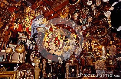 Venice masks shop