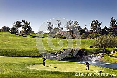 Verde da prática do golfe