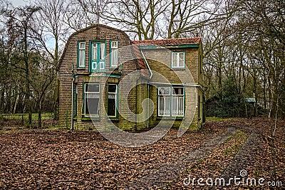 Övergett holländskt hus