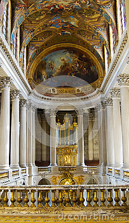 Free Versailles Church Kind On A Hall , Versailles In France Stock Photo - 34004160