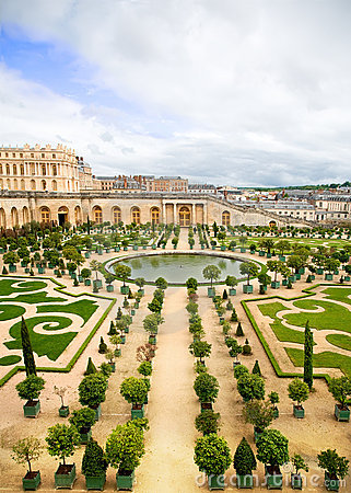 Free Versailles Garden, France Royalty Free Stock Image - 9640776