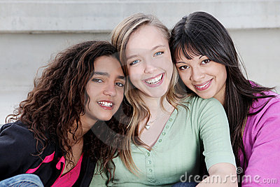 Verschiedene Teenagerkinder