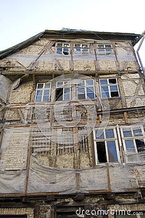 Verschlechtertes Gebäude