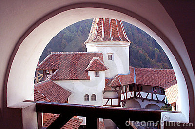 Verstärktes Schloss - Hof
