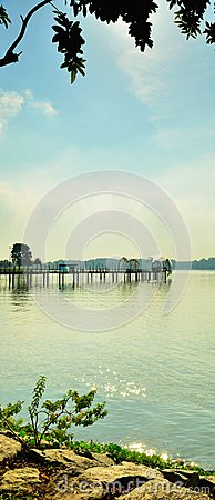 Free Vertical Lake Panorama Royalty Free Stock Photo - 27777315