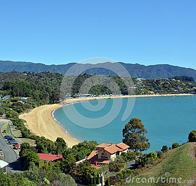 Free Vertical Panorama Of Little Kaiteriteri With Copy Space Stock Images - 64946384