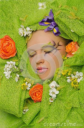 Free Vertical Portrait Of Beautiful Woman In Flowers Royalty Free Stock Image - 40817786
