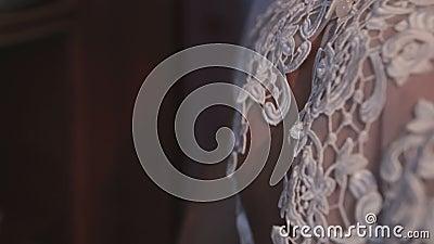 Vestire Joy Caucasian Bride felice video d archivio