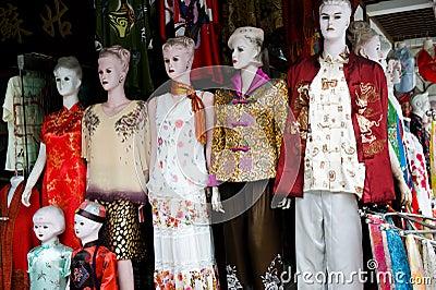 Vestiti tradizionali cinesi fotografia stock immagine for Oggetti tradizionali cinesi