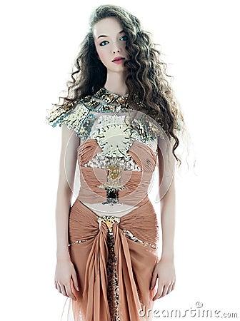 Vestito senza maniche da estate di seta di marrone di modo della donna