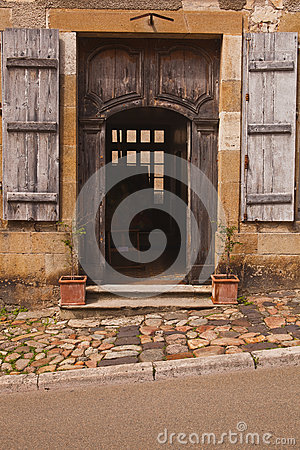 Vezelay doorway