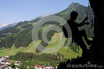 Via het Beklimmen ferrata/Klettersteig