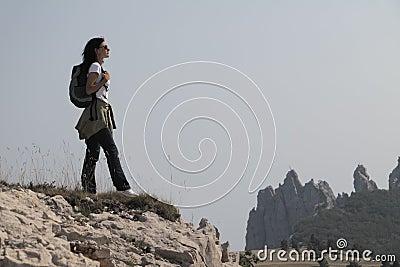Viandante nelle montagne