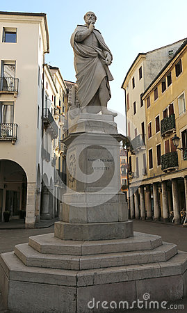 Free Vicenza Italy Architect Andrea Palladio Statue In The Historic C Stock Image - 87178731