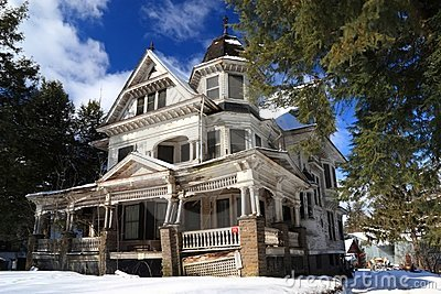 Victorian Fixer-Upper in Snow