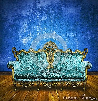 Free Victorian Sofa In Retro Room Stock Photo - 24203590