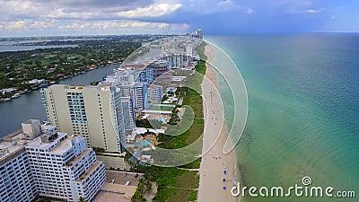 Video aereo di Mimi Beach 4k stock footage