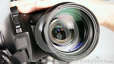 Video camcorder - lens dicht schot stock video