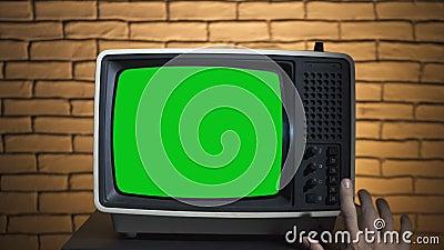 Video van het aanzetten van retro TV stock videobeelden