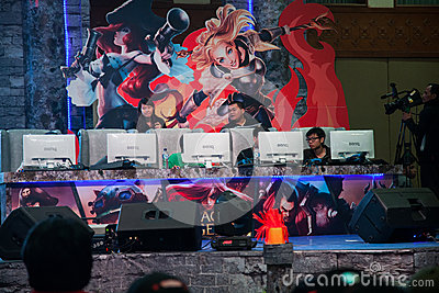 Videospelkonkurrens på Indo den modiga showen 2013 Redaktionell Foto