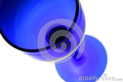 Vidrio de vino azul