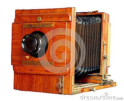 vieil-appareil-photo-en-bois-de-photo-thumb5676388.jpg