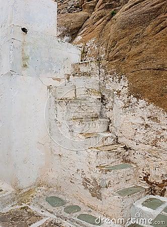 Homme pleurant sur l 39 escalier ruin images libres de droits image 2405 - Vieil evier en pierre ...