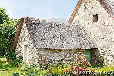 Vieille maison de campagne bretonne photo stock image - Vieille maison de campagne ...