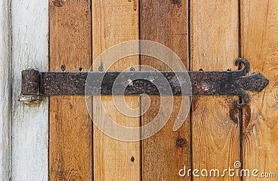 Vieille porte en bois avec de vieilles charni res de porte de fonte photo sto - Vieille baignoire en fonte ...