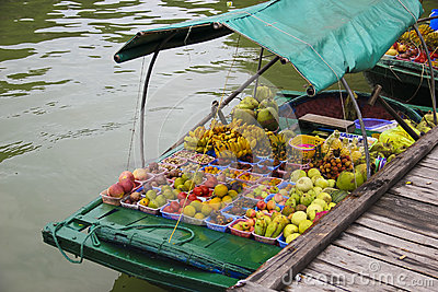 Vietnam, Ha Long Bay Floating Market