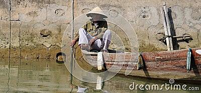 Vietnamese boatman Editorial Image