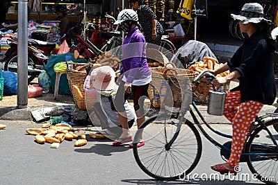 Vietnamese bread saleswoman Editorial Photo