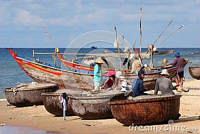 Vietnamese fishermen Editorial Image