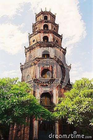 Free Vietnamese Pagoda Royalty Free Stock Photo - 71225